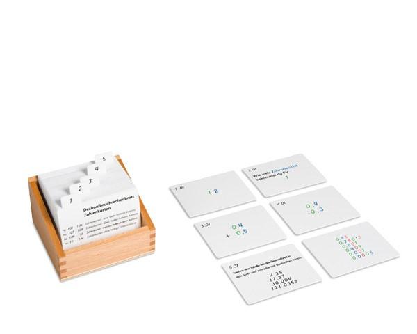 Kasten mit Aufgabenkarten für das Dezimalbruchrechnen