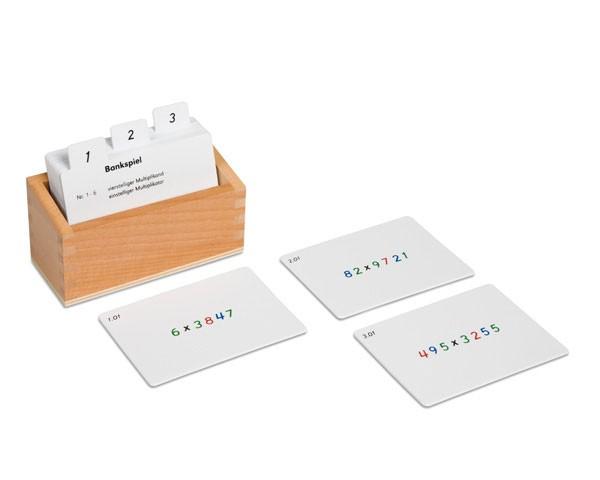 Kasten mit Aufgabenkarten für das Bankspiel