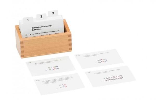 Kasten mit Aufgabenkarten zum Dezimalbruchrechnen