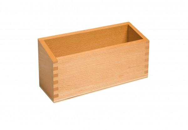 Kasten aus Holz naturfarben