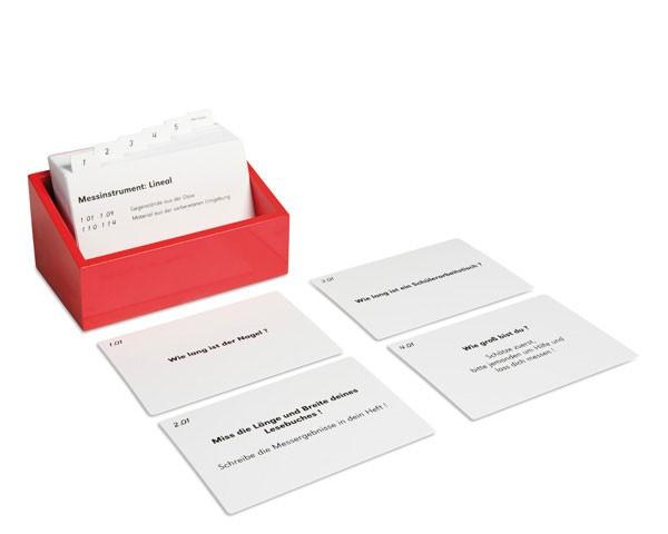 Kasten mit Aufgabenkarten für die Messkiste